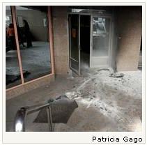Atacan la sede de Atento en A Coruña con un cóctel molotov